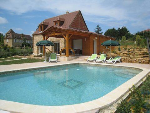 Lot – Houses with private swimming pool